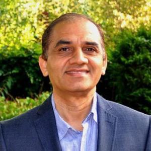 Dr Anuj Chaturvedi